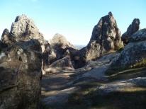 04-Hanging Rock (800x600)